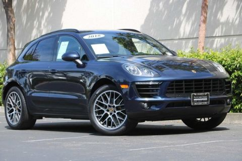 Pre-Owned 2018 Porsche Macan Sport Edition AWD